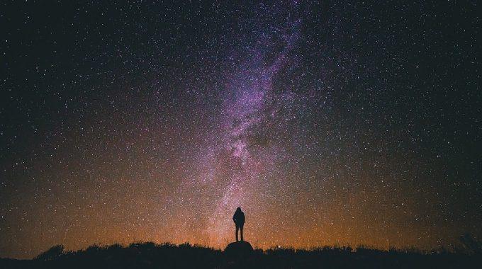 La Estrella Que Estás Siguiendo - JorgeMelendez.com.mx